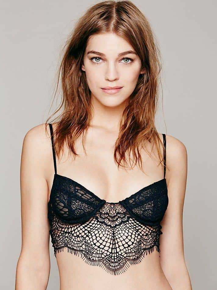 Women's lingerie trends 2016.8