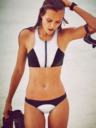 Victorias-Secret-New-swimwear-collection-Spring-Summer-2016-5