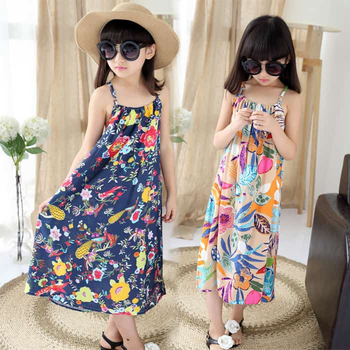The used materials of junior kids fashion trends for summer In this section, all designers tend to use the natural materials like cotton, linen, silk and cashmere. These .