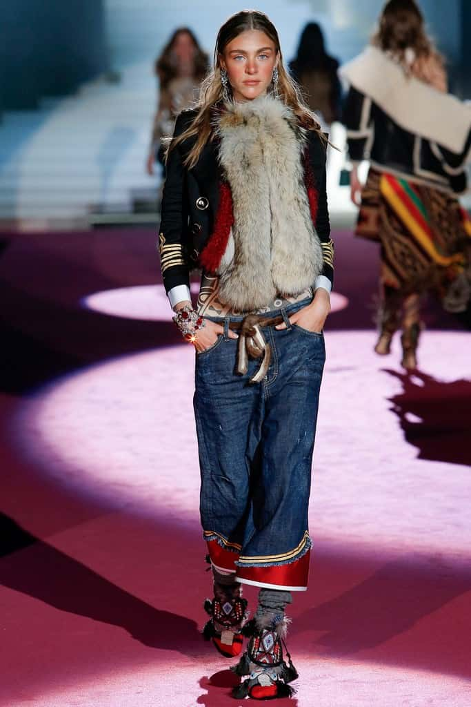 Womens-jeans-trends-2016-Dsquared2