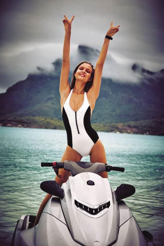 Victorias-Secret-New-swimwear-collection-Spring-Summer-2016-24