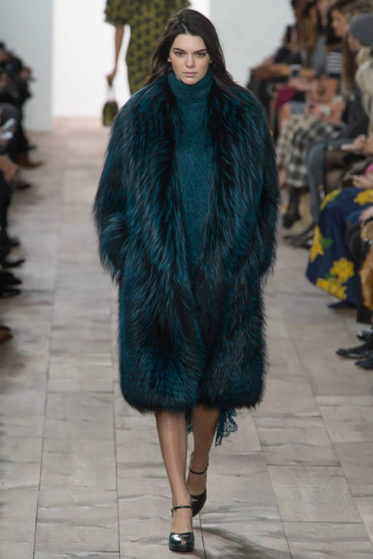 Women fur coats 2017