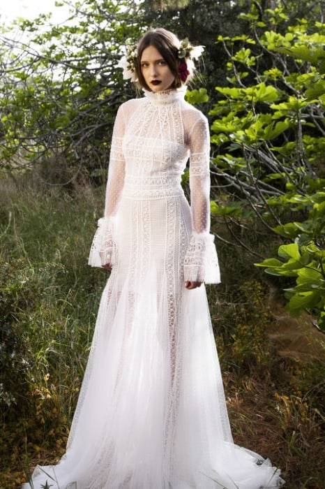 wedding-dresses-2017-main-trends-and-tendencies-wedding-gowns-costarellos