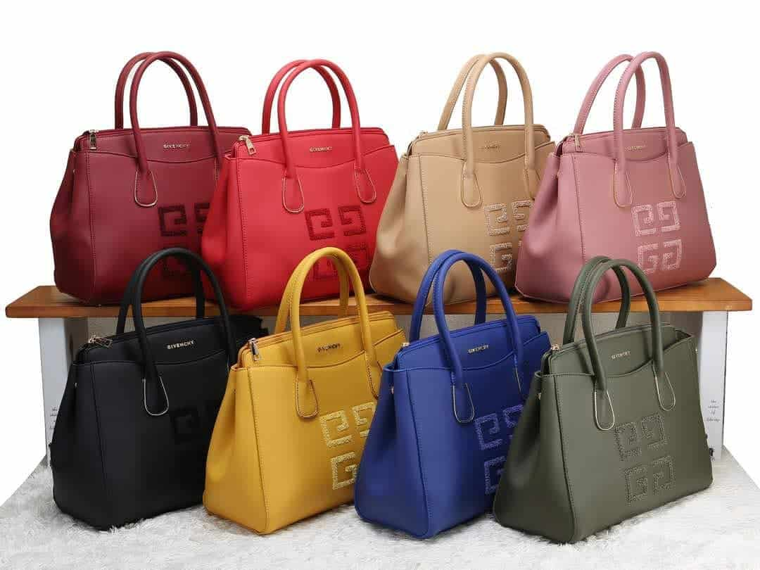 Womens handbags 2019: trendy colors for handbags for women 2019