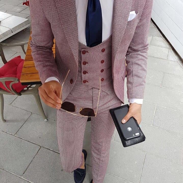 Men Suits 2021: Fashion Tips on the Best Suits for Men 2021