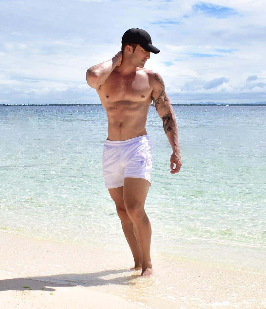 Mens Shorts Styles 2021: Latest Shorts for Men 2021 (35+ Images + Videos)