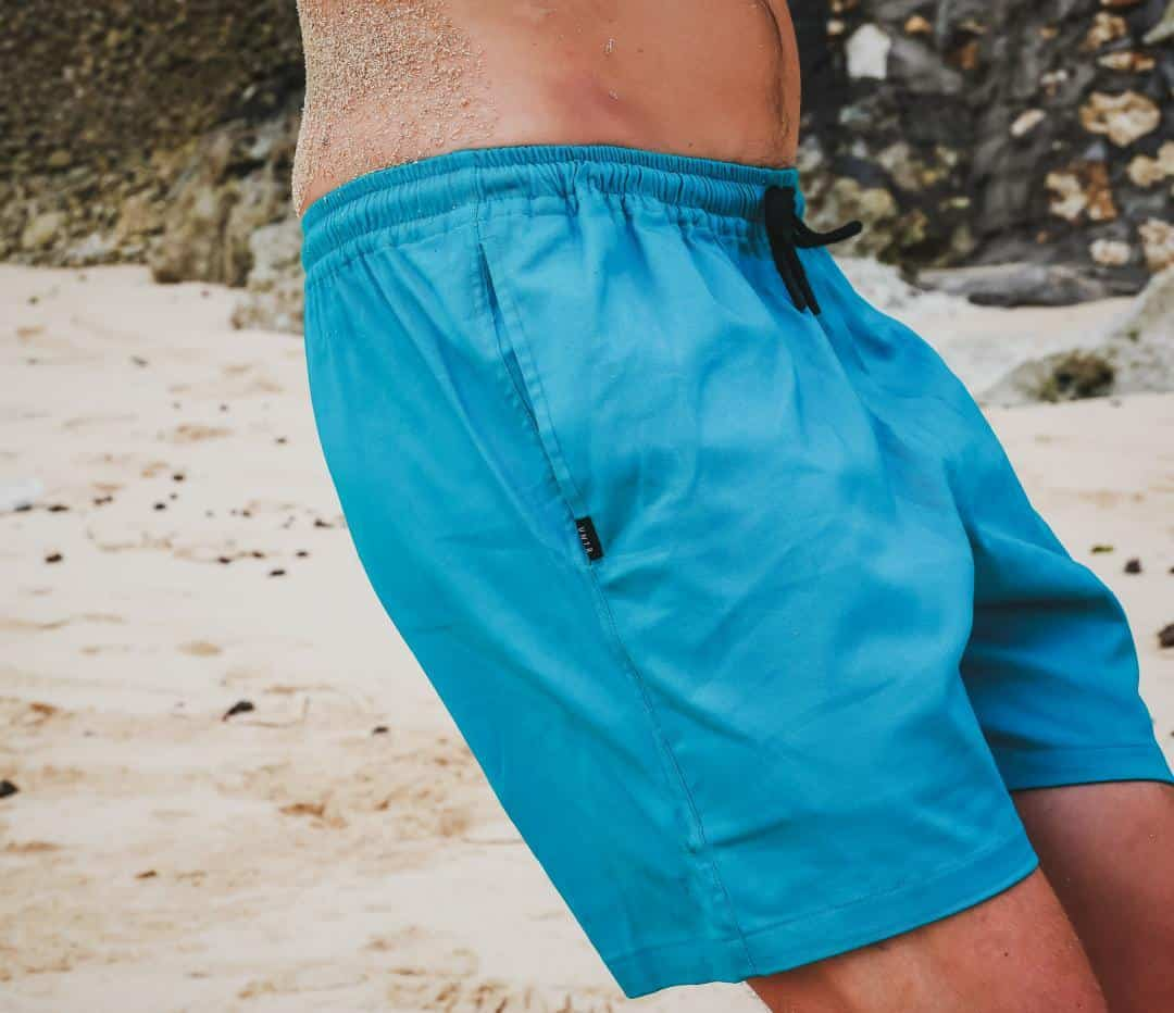 Mens Shorts Styles 2021: Latest Shorts for Men 2021