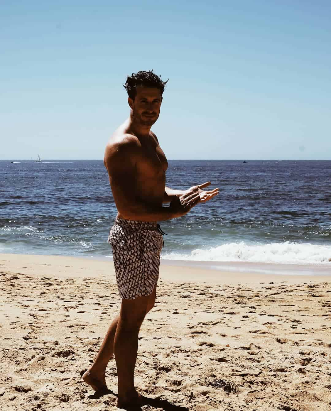 summer-shorts-for-men-2019