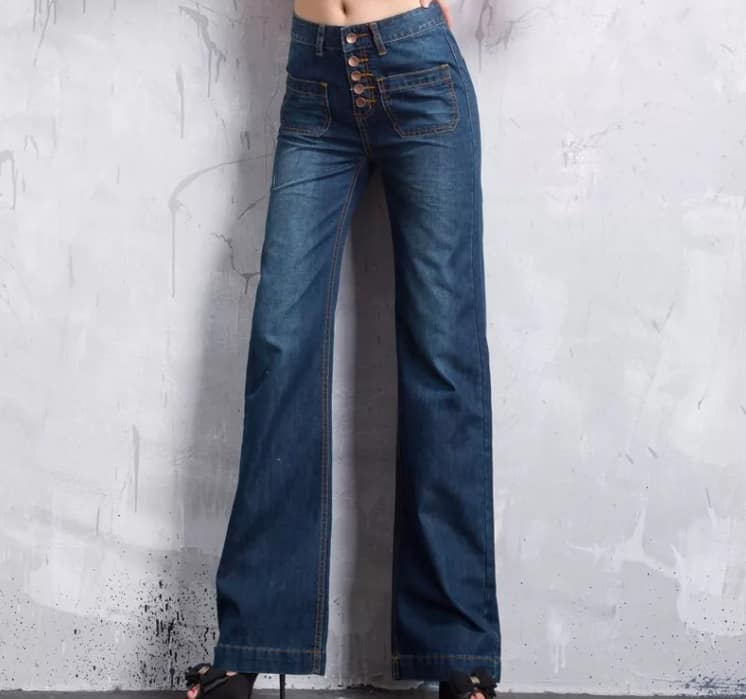 2000s Jeans trends 2022