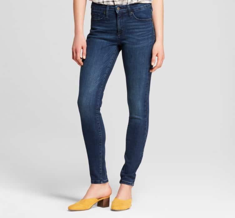 Women Jeans Fashion: Slim-Fit Jeans 2022