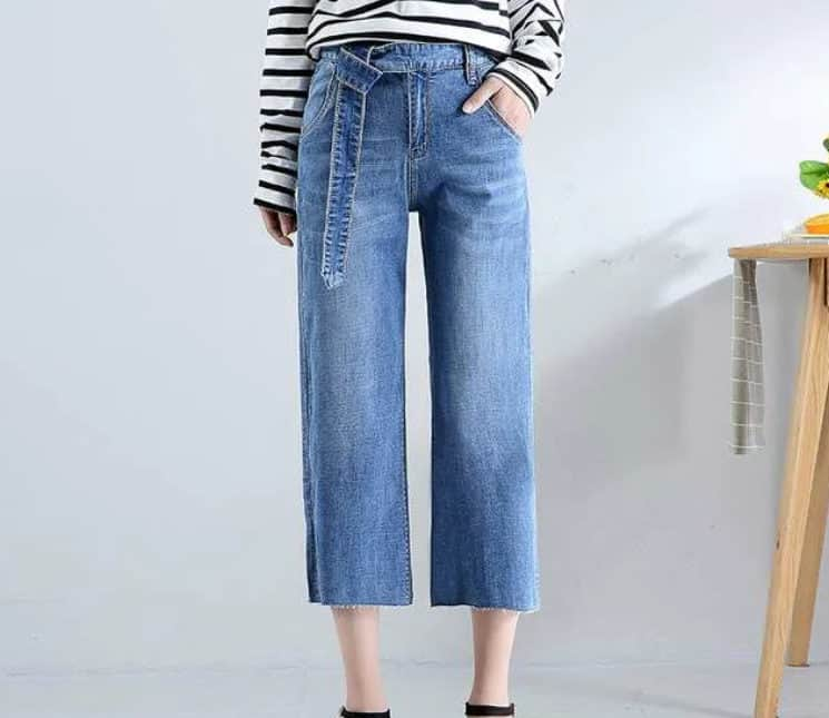 Best Jeans for Women 2022: Cropped Jeans