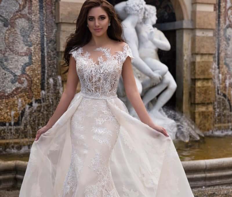 Dress For Wedding 2022: Unique Solutions