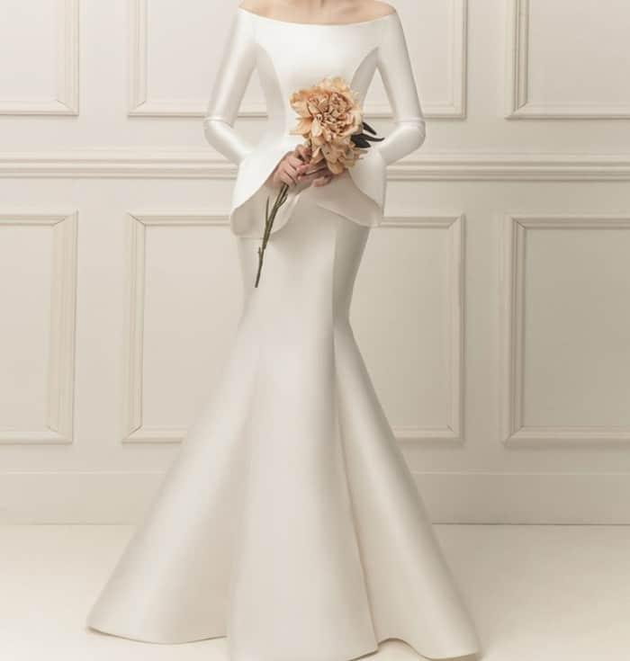 Wedding Dresses 2022: Minimalism