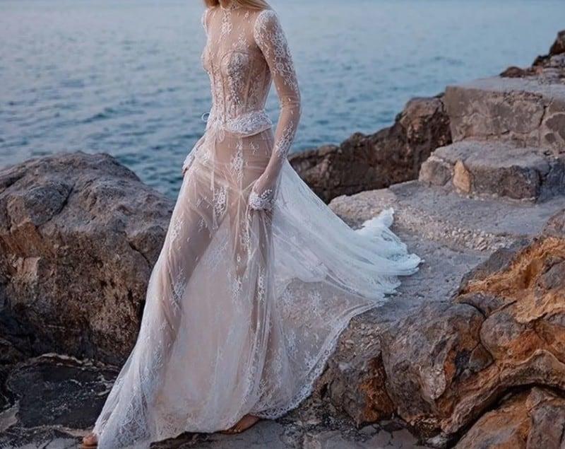 Bridesmaid Dresses 2022: Classic Lace